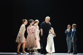 Choreograf-Patrice-Bart-z-zespolem-Polskiego-Baletu-Narodowego-podczas-proby-sztuki-Chopin-Teatr-Wie