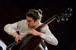 basista;-Kuba-Dworak;-Audiofeeling-Trio;-koncert;-Studio-S1;-Warszawa;-jazz;-muzyk
