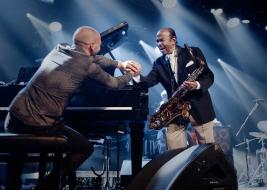 Benny-Golson-sax-i-Antonio-Farao-fortepian-podczas-koncertu-na-Warsaw-Summer-Jazz-Days-2019-Stodola-
