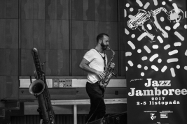 Colin-Stetson;-saksofonista;-muzyk;-koncert;-Jazz-Jamboree