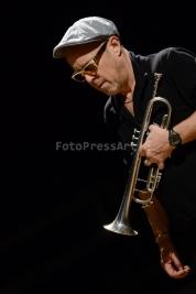trębacz;-Dave-Douglas;-jazz;-muzyk;-trąbka;-S1;-koncert;-Warszawa