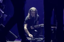 Jean-Marie-Ecay-gitara-podczas-koncertu-Jean-Luc-Ponty-The-Atlantic-Years-na-Jazz-Jamboree-2019-Stod