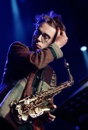 Kuba-Wiecek-saksofon-podczas-koncertu-Kuba-Wiecek-Gaweda-Quintet-feat-Ralph-Alessi-na-Jazz-Jamboree