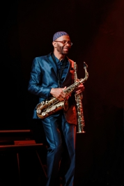 Kenny-Garret-saksofon-podczas-koncertu-na-Warsaw-Summer-Jazz-Days-2019-Stodoła-20190707