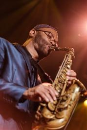 Kenny-Garret-saksofon-podczas-koncertu-na-Warsaw-Summer-Jazz-Days-2019-Stodola-20190707