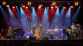 Vernell-Brown-fortepian,-Corcoran-Holt-bas,-Kenny-Garret-saksofon,-Rudy-Bird-perkusja,-Samuel-Laviso