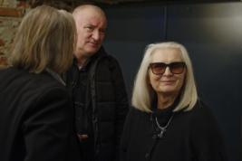 Magda-Umer-i-Krzysztof-Hołownia-podczas-benefisu-90-lat-Barbary-Krafftówny-w-teatrze-Polonia-