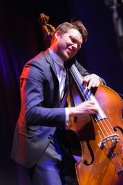 Wojtek-Mozelewski;-muzyk;-jazz;-koncert;-kontrabas;-basista;-WSJD2011