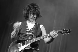 Gitarzysta-Jeff-Back-Koncert-na-Warsaw-Summer-Jazz-Days-2011-Sala-Kongresowa-20110621