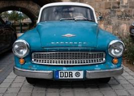 Stary-samochod-Wartburg