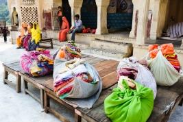 tobolki;-Hindusi;-tekstylia;-kolory;-Indie