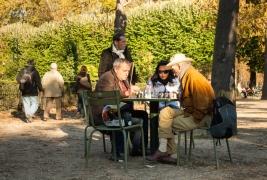 szachisci;-park;-Jardin-du-Luxembourg;-Paryz;-Francja