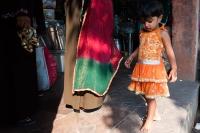 Dziewczynka-i-zlote-buty-Jaipur-Indie