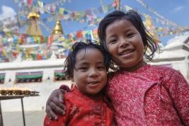 Dwie-nepalskie-dziewczynki