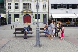 lawki;-ludzie;-ulica;-Plac-Solny;-Wroclaw