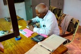 Kasa-biletowa-w-Indiach