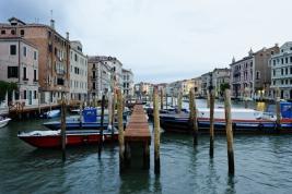 Pomost-dla-lodzi-w-Wenecji