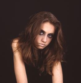 Model-Agata-Gajda;-Makeup-Dorota-Golinska