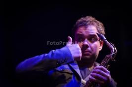Maciej-Obara-podczas-koncertu-na-Warsaw-Summer-Jazz-Days-2011-Warszawa-Muzeum-Powstania-Warszawskieg