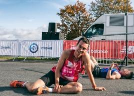 Biegacz-Florian-Pyszel-po-zakonczonym-biegu-na-5km-podczas-41-PZU-Maratonu-Marszawskiego-Warszawa-20
